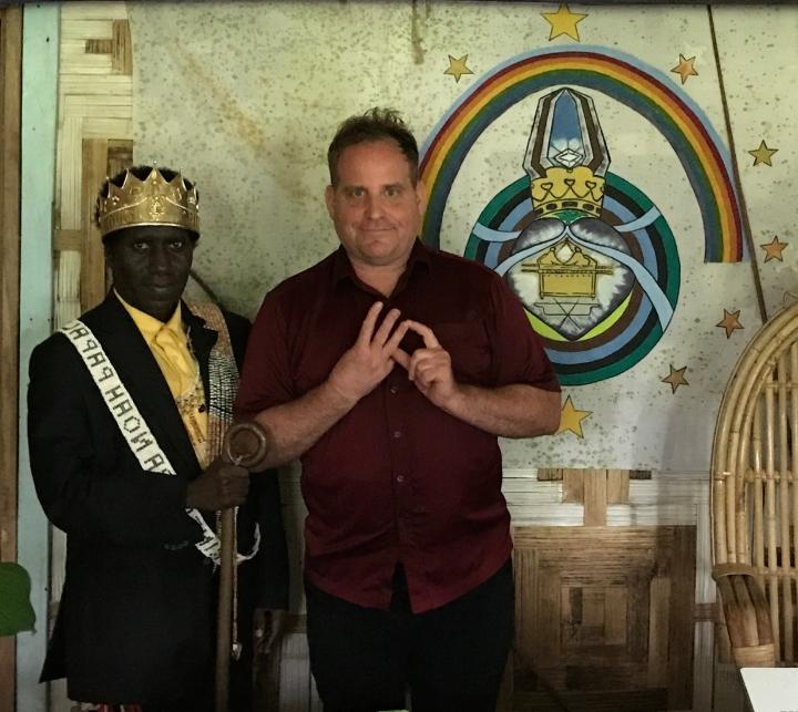 El Rey David Peii II consigue el apoyo de la White Dragon Society para sugente.