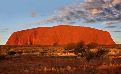 luoghi-sacri-e-campi-di-energia-misteriosi-uluru-australia