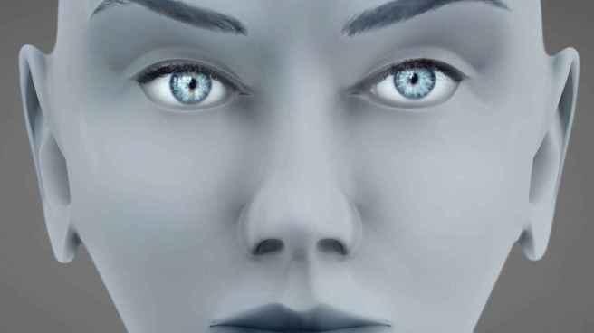 27_close_up_of_bald_female_ET
