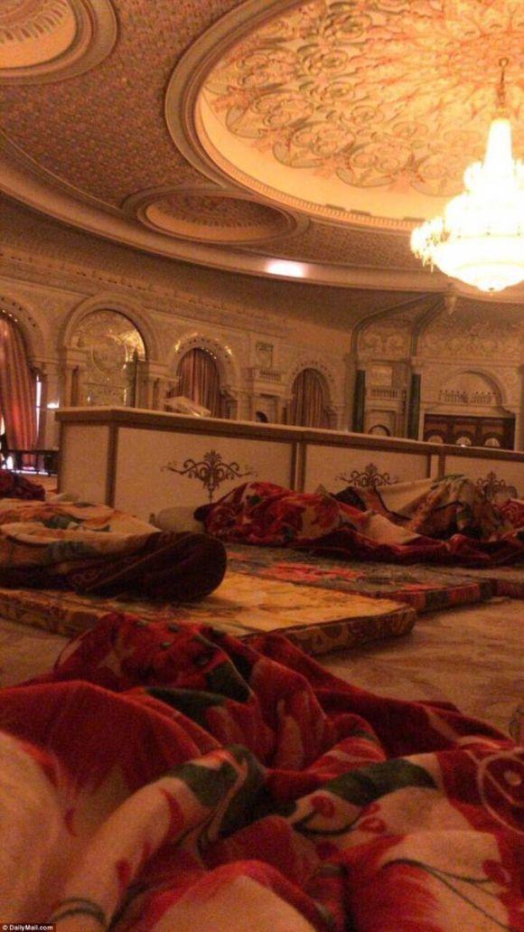 saudi_mass_arrest_hotel_floor(1)