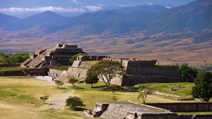 Monte-Alban-Pictures