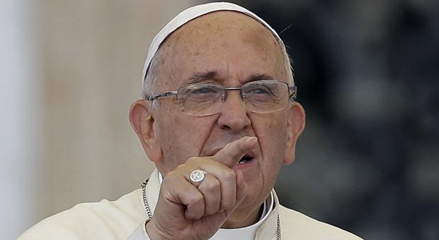 """El Papa Francisco compara a las víctimas de abuso sexual con """"una jauría de perrossalvajes"""""""