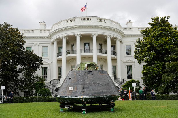 nasa-orion-white-house
